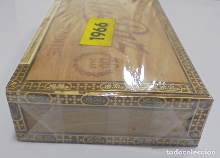 Cajas de Puros: CAJA DE PUROS. LA PAZ. CERRADA. 25 PUROS. AÑO 1966. VER. PERFECTO ESTADO - Foto 5 - 105253123