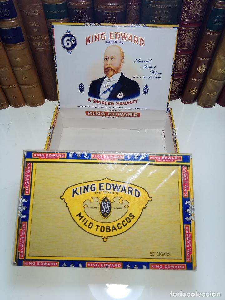INTERESANTE LOTE COMPUESTO POR DOS CAJAS DE PUROS KING EDWARD - 50 PUROS NUEVA PRECINTADA,OTRA VACIA (Coleccionismo - Objetos para Fumar - Cajas de Puros)