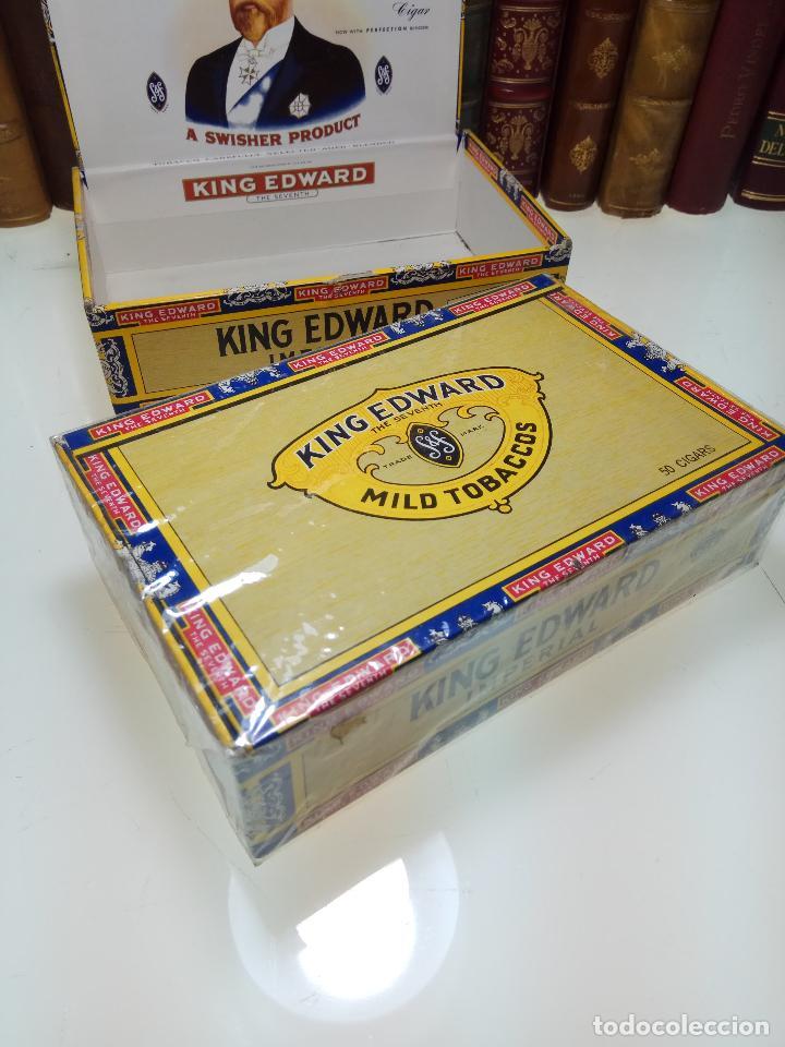 Cajas de Puros: INTERESANTE LOTE COMPUESTO POR DOS CAJAS DE PUROS KING EDWARD - 50 PUROS NUEVA PRECINTADA,OTRA VACIA - Foto 2 - 109899067