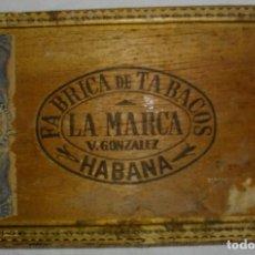 Cajas de Puros: EXCLUSIVA CAJA PUROS HABANOS LA MARCA (VACIA ) PRE- REVOLUCION. Lote 110185239