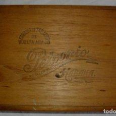 Cajas de Puros: CAJA DE PUROS HABANOS PETRONIO (VACIA) EPOCA PRE-REVOLUCION. Lote 110190395