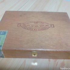 Cajas de Puros: CAJA VACÍA PUROS LA FAMA. CANARIAS.. Lote 110809800