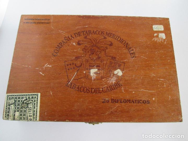 Cajas de Puros: CAJA DE PUROS VACIA - COMPAÑIA DE TABACOS MERIDIONALES - TABACOS DEL CARIBE - 25 DIPLOMATICOS - 23,5 - Foto 2 - 112261911
