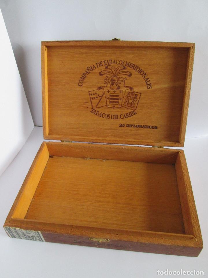 Cajas de Puros: CAJA DE PUROS VACIA - COMPAÑIA DE TABACOS MERIDIONALES - TABACOS DEL CARIBE - 25 DIPLOMATICOS - 23,5 - Foto 3 - 112261911