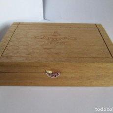Cajas de Puros: CAJA DE PUROS VACIA - C.W. OBEL - CASTOR - ANTIGUA COMPAÑIA DANESA DE TABACO - 18X12X4,5. Lote 112262295