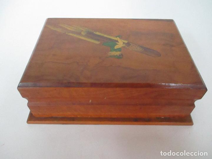Cajas de Puros: Preciosa Caja de Puros y Cigarrillos - Madera de Olivo - con Departamentos - Bonita Decoración Tapa - Foto 9 - 112434847