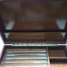 Cajas de Puros: CAJA DE PUROS ANTIGUA MADERA LACADA. Lote 112680984