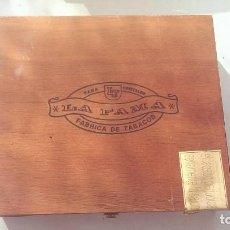 Cajas de Puros: CAJA MADERA PUROS LA FAMA . Lote 113056159