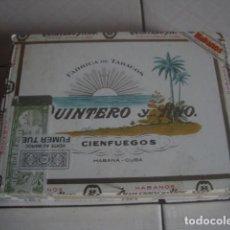 Cajas de Puros: CAJA DE PUROS DE MADERA QUINTERO Y HERMANO, 25 NACIONALES, CON SELLO DE LA ADUANA MARROQUÍ. Lote 114263647