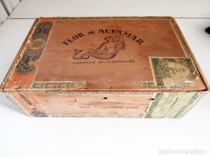 ANTIGUA CAJA DE MADERA DE PUROS FLOR DE ALTA MAR. 100 VEGUEROS (Coleccionismo - Objetos para Fumar - Cajas de Puros)