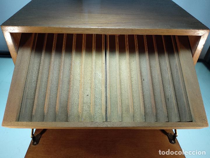 Cajas de Puros: GRAN MUEBLE O CAJA DE PUROS HABANOS - CON LLAVE - FUNCIONANDO - MADERA NOBLE - - Foto 5 - 115772835
