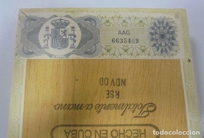 Cajas de Puros: CAJA DE PUROS. EL REY DEL MUNDO. 25 DEMI TASSE. AÑO 2000. CERRADA. PERFECTO ESTADO. VER FOTOS - Foto 2 - 116521071