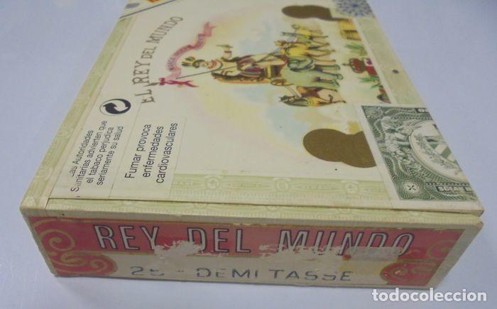 Cajas de Puros: CAJA DE PUROS. EL REY DEL MUNDO. 25 DEMI TASSE. AÑO 2000. CERRADA. PERFECTO ESTADO. VER FOTOS - Foto 6 - 116521071