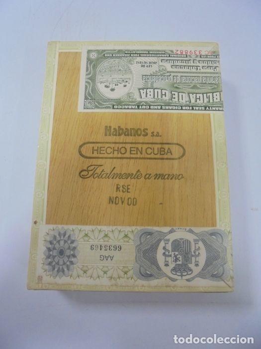 Cajas de Puros: CAJA DE PUROS. EL REY DEL MUNDO. 25 DEMI TASSE. AÑO 2000. CERRADA. PERFECTO ESTADO. VER FOTOS - Foto 9 - 116521071