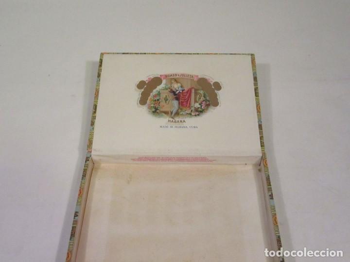Cajas de Puros: Caja de Puros Romeo y Julieta. Made In Habana, Cuba. Vacía. - Foto 2 - 117392583