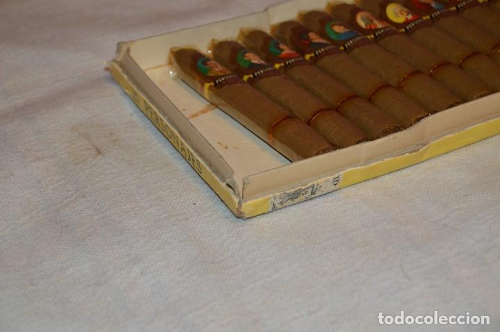 Cajas de Puros: VINTAGE - CAJA DE PUROS - PERSONAJES EL GRECO - ABIERTA - CON 23 PUROS - DE COLECCIÓN - ENVÍO 24H - Foto 7 - 126905751
