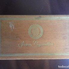 Cajas de Puros: CAJA DE 100 SUPER CIGARRILOS LION'S - CONTIENE 96 CIGARRILLOS. Lote 128913483