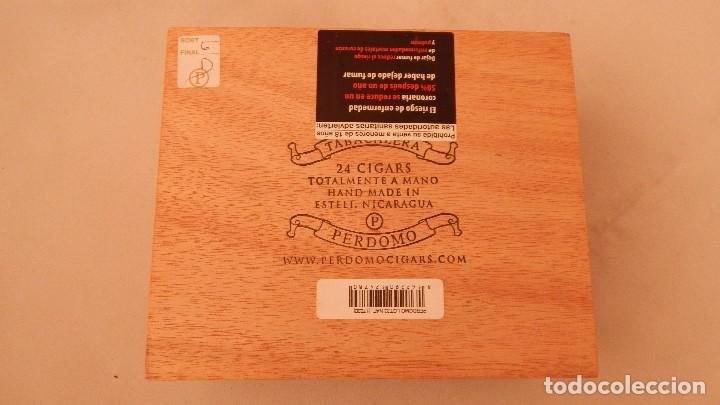 Cajas de Puros: Caja vacía de puros Perdomo lote 23 - Foto 4 - 132712638