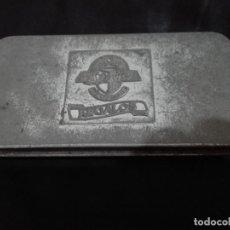 Cajas de Puros: CAJA METALICA ALVARO REGALOS. Lote 134871818