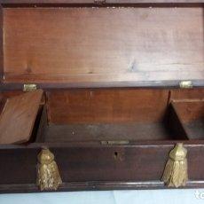 Cajas de Puros: CAVA DE PUROS EN MADERA. Lote 135814110