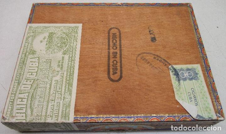 Cajas de Puros: caja de puros TROYA, MARTINEZ Y CIA, HABANA, CUBA, con varios puros MONTECRISTO, ALVARO,... - Foto 10 - 136193440