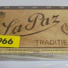 Cajas de Puros: ANTIGUA CAJA DE PUROS. LA PAZ. 25 CIGARROS. 1966. CERRADO. VER FOTOS. Lote 137506062