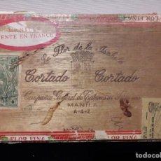 Cajas de Puros: CAJA DE MADERA DE MANILA CON SELLOS INCLUIDOS. Lote 140577422