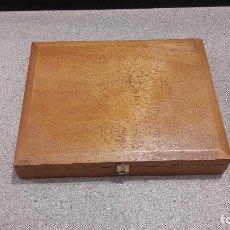 Cajas de Puros: CAJA DE PUROS DE MADERA....LA FAMA...25 GRAN FAMA..... Lote 140863786