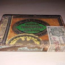 Cajas de Puros: ANTIGUA CAJA, FABRICA DE TABACOS, AGUILA TINERFEÑA - 25 SEÑORITAS - MANUEL M. CLAVIJO. Lote 141852554