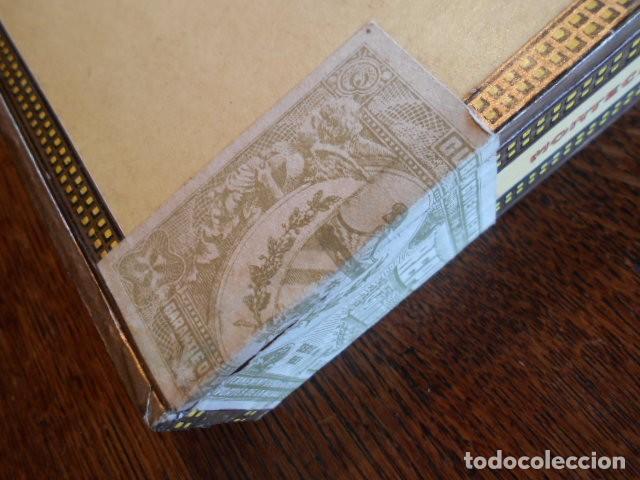 Cajas de Puros: CAJA DE PUROS VACIA, MONTECRISTO Nº 4 , HABANA CUBA - Foto 3 - 142529414