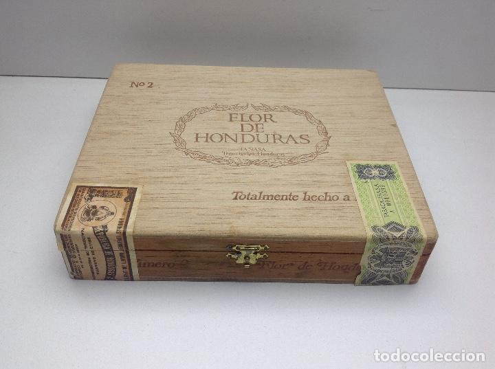 CAJA CON 24 PUROS FLOR DE HONDURAS - TANASA N° 2 - HECHO A MANO (Coleccionismo - Objetos para Fumar - Cajas de Puros)