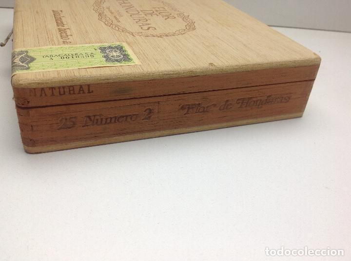 Cajas de Puros: CAJA CON 24 PUROS FLOR DE HONDURAS - TANASA N° 2 - HECHO A MANO - Foto 5 - 144107258