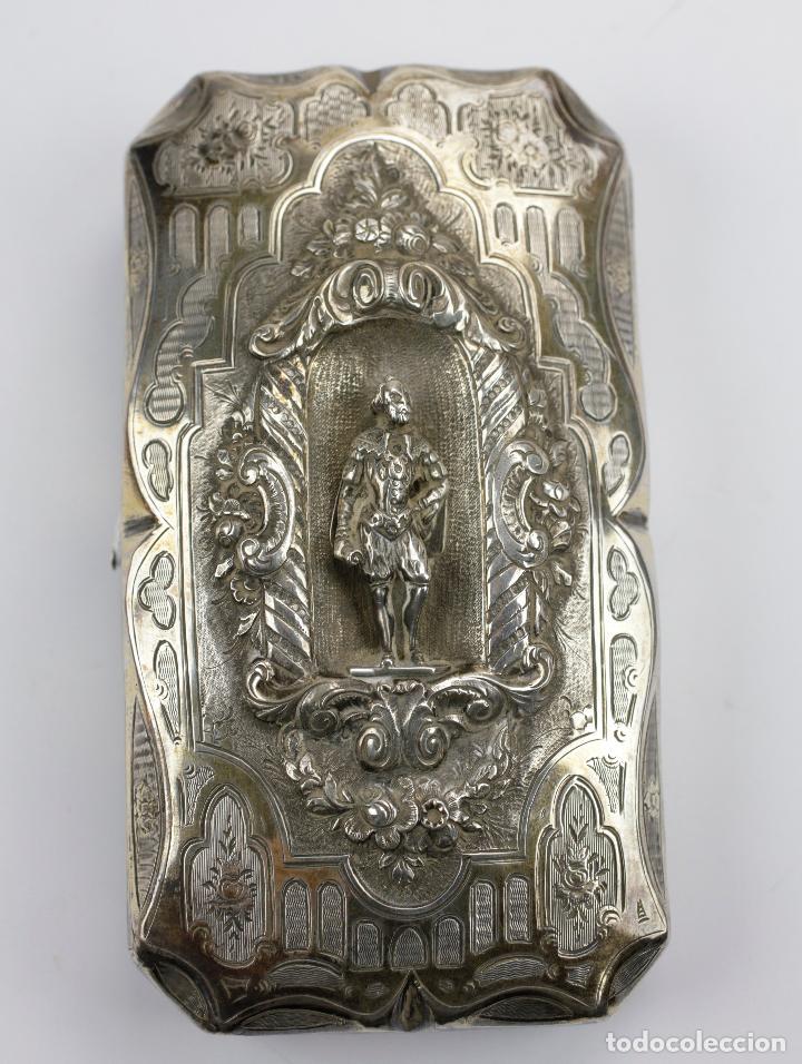 PURERA DE PLATA REPUJADA, SIGLO XIX. 14X8CM (Coleccionismo - Objetos para Fumar - Cajas de Puros)