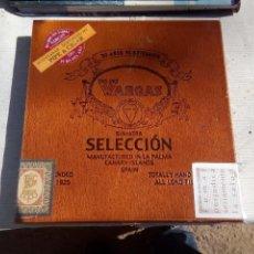 Cajas de Puros: CAJA CON 10 PUROS VARGAS HECHO EN CANARIAS. Lote 156594026