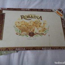 Cajas de Puros: CAJA DE PUROS VEGAS ROBAINA CON 9 PUROS DE HABANA CUBA . Lote 157924670