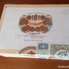 Cajas de Puros: ANTIGUA CAJA DE PUROS HABANOS H.UPMANN 25 - CORONAS (VACIA). Lote 158796486