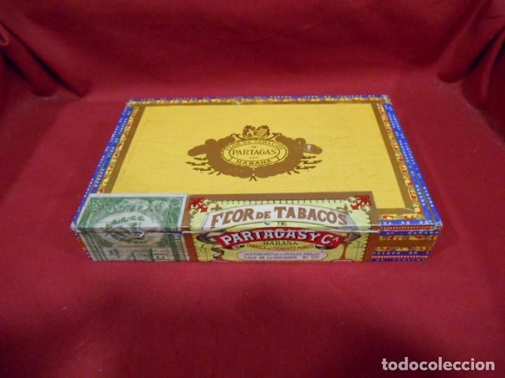 CAJA DE PUROS DE MADERA - PARTAGAS FABRICA DE CIGARROS -25 HABANEROS - LA HABANA CUBA - (Coleccionismo - Objetos para Fumar - Cajas de Puros)