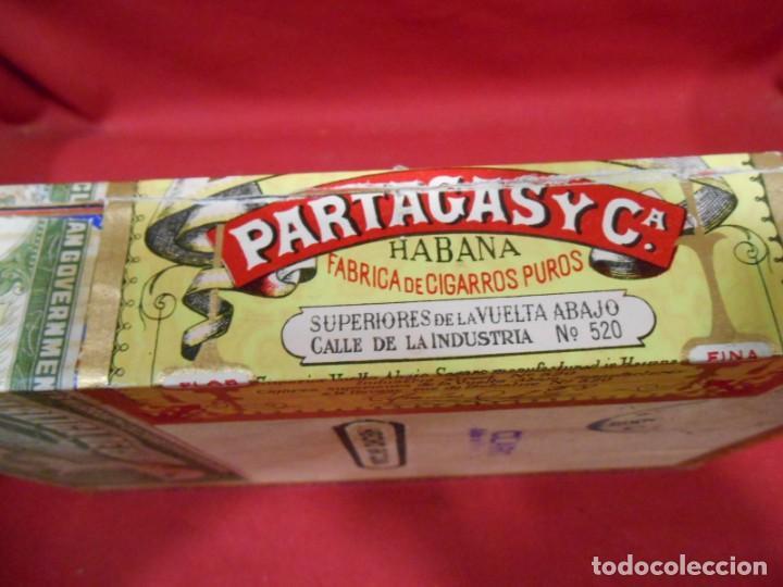 Cajas de Puros: CAJA DE PUROS DE MADERA - PARTAGAS FABRICA DE CIGARROS -25 HABANEROS - LA HABANA CUBA - - Foto 4 - 159416522