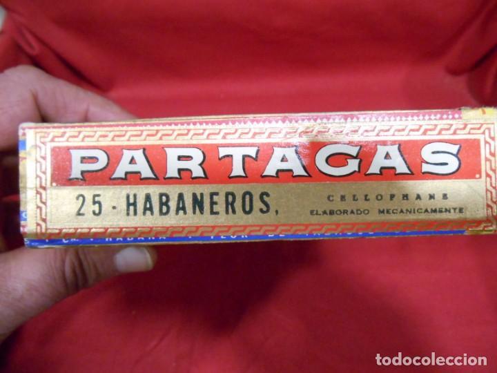 Cajas de Puros: CAJA DE PUROS DE MADERA - PARTAGAS FABRICA DE CIGARROS -25 HABANEROS - LA HABANA CUBA - - Foto 5 - 159416522