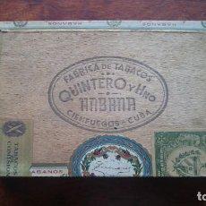 Cajas de Puros: ANTIGUA CAJA DE CIGARROS QUINTERO Y HERMANO HABANA CIENFUEGOS CUBA 25 MEDIAS CORONAS. Lote 160147310