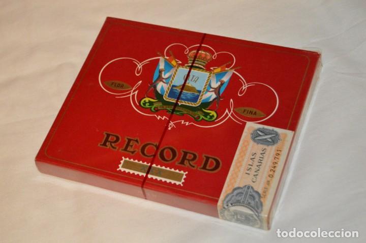 DE COLECCIÓN - PRECINTADA - ANTIGUA - VINTAGE - CAJA DE 10 PUROS RECORD XXX - CANARIAS - ENVÍO 24H (Coleccionismo - Objetos para Fumar - Cajas de Puros)