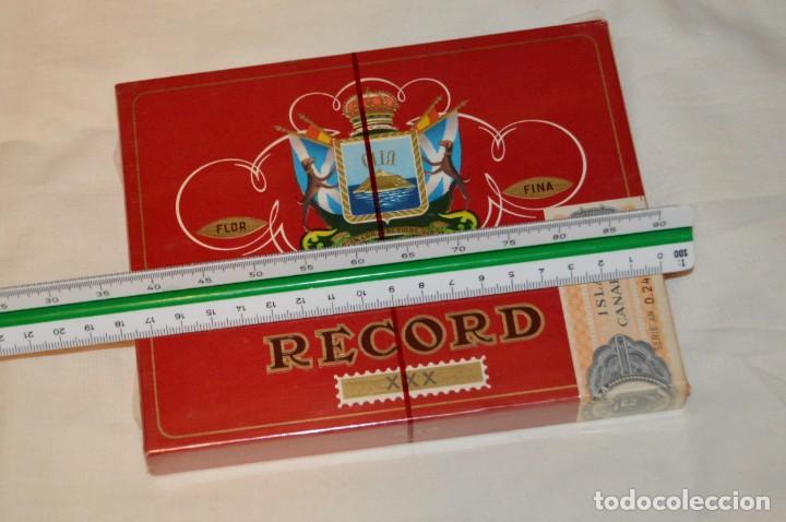 Cajas de Puros: De colección - PRECINTADA - ANTIGUA - VINTAGE - CAJA DE 10 PUROS RECORD XXX - CANARIAS - ENVÍO 24H - Foto 10 - 160883362