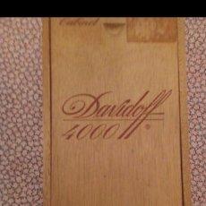 Cajas de Puros: DAVIDOFF 4000. ANTIGUA CAJA DE PUROS. Lote 163510456
