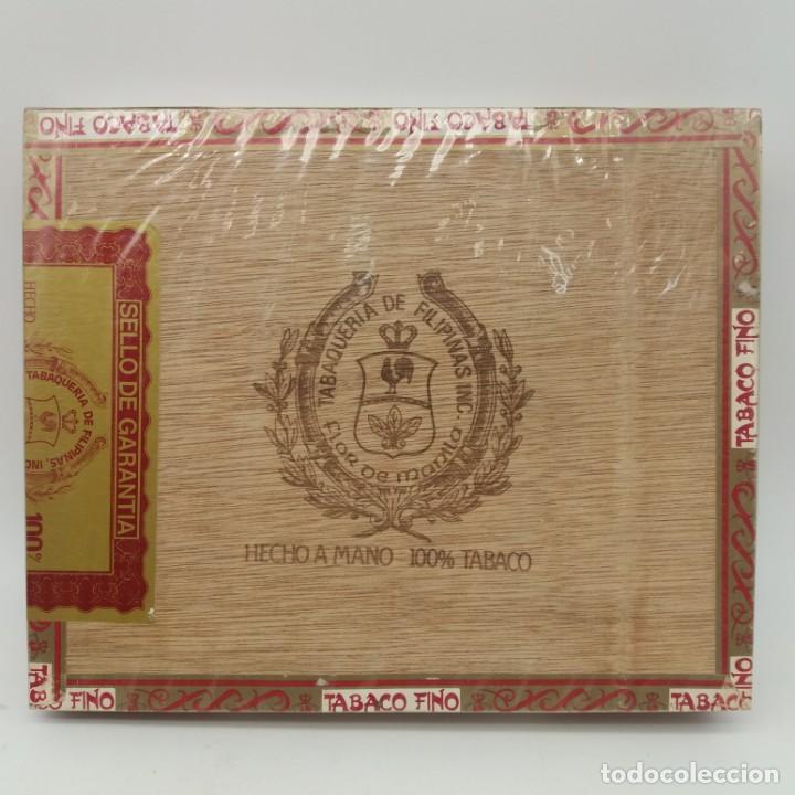 CAJA PRECINTADA DE 25 LONDRES GRANDES FLOR DE MANILA, TABAQUERÍA DE FILIPINAS, AÑOS 70, HECHO A MANO (Coleccionismo - Objetos para Fumar - Cajas de Puros)