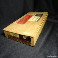 Cajas de Puros: RARA CAJA DE PUROS. Lote 165297534