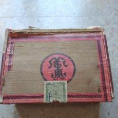 Cajas de Puros: CAJA DE PUROS FARIAS. Lote 166908373