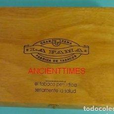 Cajas de Puros: CAJA DE PUROS LA FAMA.GRAN FAMA.ISLAS CANARIAS.CAJA DE PUROS VACIA.. Lote 168839208