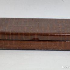 Cajas de Puros: CAJA DE PUROS MUSICAL POLIPIEL Y MADERA MUSICA DE CUERDA . Lote 169254920