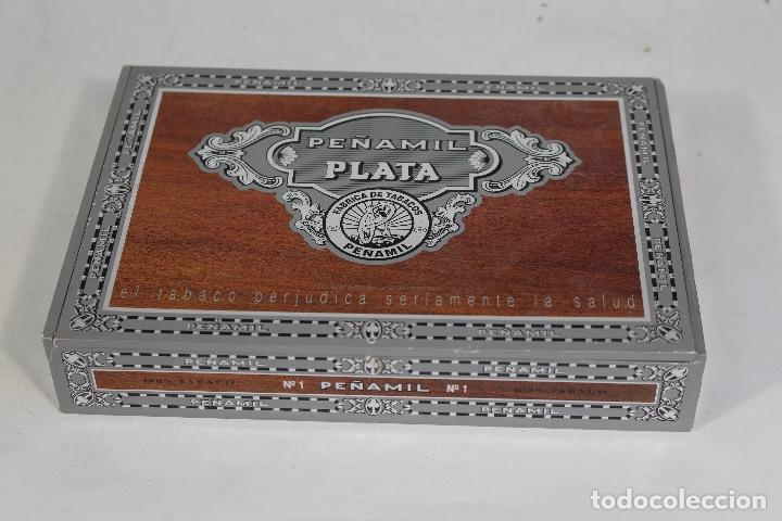 CAJA DE PUROS VACÍA PEÑAMIL PLATA, 25 ESPECIALES. (Coleccionismo - Objetos para Fumar - Cajas de Puros)