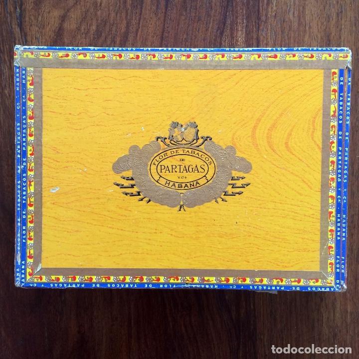 Cajas de Puros: CAJA DE PUROS VACÍA - PARTAGAS 25 CORONAS- HECHO EN CUBA HAVANA - Foto 2 - 171775333